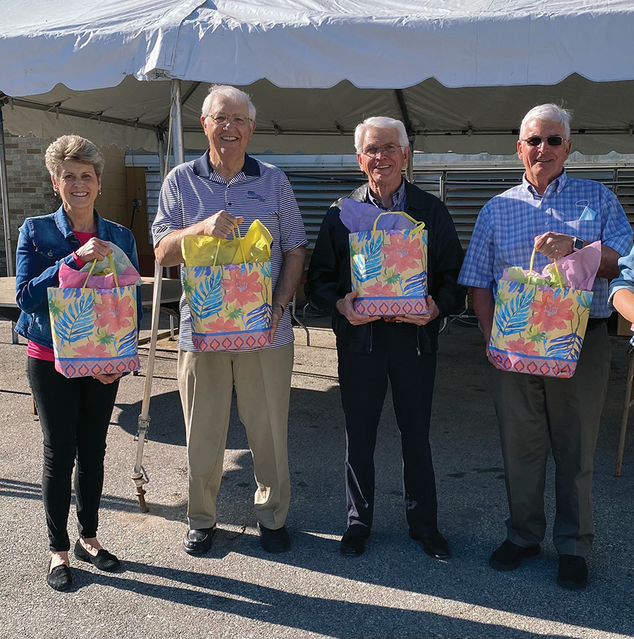 Serra Club delivers May Day bags to sisters